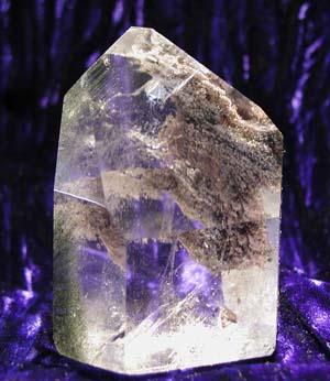 Chlorite generator quartz crystal